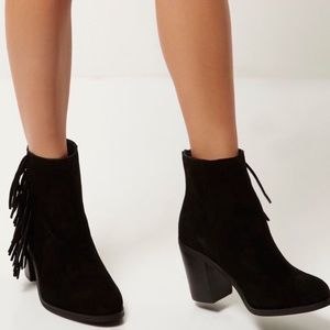 Divided black heeled booties 9.5